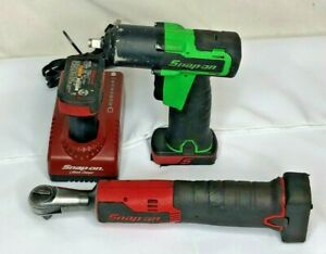 Snap On Tools 3 8 Impact Ratchet Charger And Three Batteries