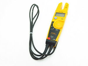 Fluke T5 600 Usacal 600v Voltage Continuity And Current Tester