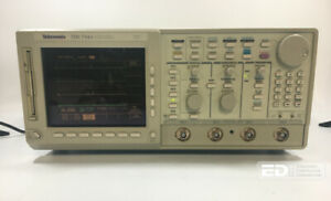 Tektronix Tds 744a Color 4 Channel Digitizing Oscilloscope 500 Mhz 2 Gs s ott