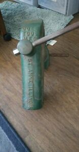 Vintage Cole Tool Mfg St Anne Illinois No 11 Vise New Old Stock Fully Complete