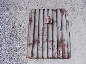 Farmall International 706 Tractor Grille Front Nose Cone Grill Screen Ih Emblem