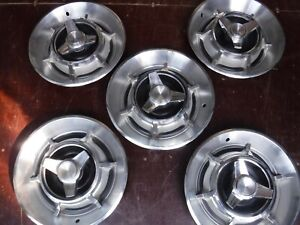 1966 67 Dodge Charger 14 Inch Spinner Hubcaps Set Of 5 oem Very Good Condition