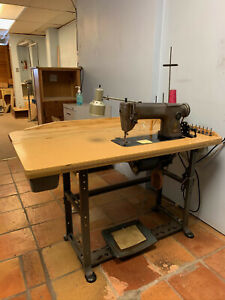 Singer 251 2 Industrial Sewing Machine With Table