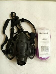 Honeywell 7700 30m North Half Mask Respirator Size M Used Cleaned New Filter