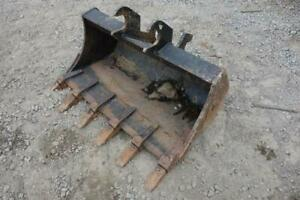 36 Excavator Tooth Bucket John Deere Quick Attach 8 Ear Width Stock 128299