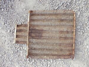 International Utility Ihc Tractor White Ih Grill Screen Damaged Grill