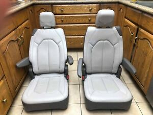 2020 Chrysler Pacifica Bucket Seats Brand New Original alloy Leather