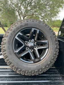 2020 Chevy Silverado Trail Boss Wheels And Tires Only 500 Miles Lt 275 65r18