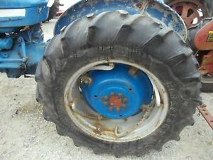 Ford 3000 Tractor Power Adjust Rims 13 6 X 28 Firestone Atfr F151 Tires