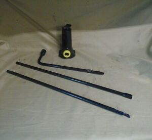 99 00 01 02 03 04 Jeep Grand Cherokee Spare Tire Bottle Jack And Tools