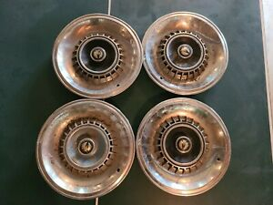 1964 66 Chrysler Imperial Hubcaps 15
