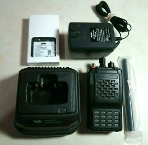 Vertex Standard Vx 800v Vhf Full Keypad Radio 146 160 Mhz With Charger