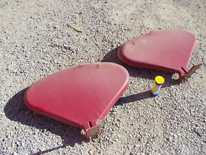 Farmall Ih 460 560 Rc Tractor Real Nice Original Pair Set Clamshell Fenders spc