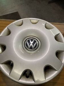 15 Wheel Covers Original Vw Jetta 2001