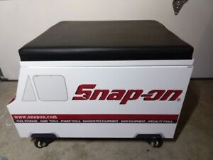 Snap On Tools Creeper Seat Looks Like A Tool Truck Ssx19p101 New In The Box