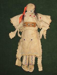 Native American Indian 19th Century Leather Beaded Plains Indian 10 1 2 Doll