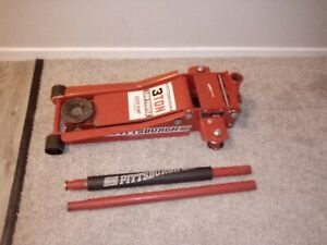 Pittsburgh Heavy Duty 3 Ton Low Profile Jack
