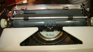 1950 s Olympia Deluxe Typewriter Super Clean With Case made In Western Germany