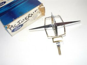 1961 Lincoln Continental Hood Ornament Nos C1vy 16850 b