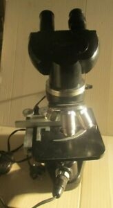 Ernst Leitz Wetzlar Compound Lighted Microscope With 4 Objectives In Case