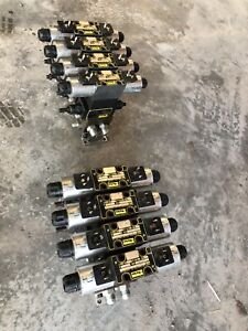 Parker Hydraulic Manifold 4 Sections