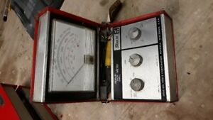 Vintage Automotive Snap on Primary Tach Dwell Meter Mt414 For Repair