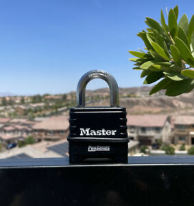 Master Lock 1178 Pro Series Combination Padlock Extremely Durable New