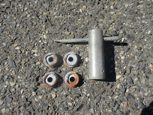Locks And Key For 1986 To 1992 Cadillac Fleetwood Brougham Wire Spoke Hubcap