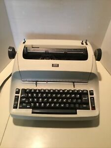Vintage Ibm Selectric Electric Typewriter With Cover ivory As Is Local Pick Up