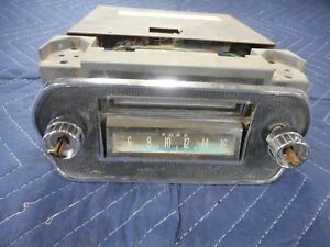 1964 65 66 Ford Mustang Am Radio 8 Track Player W Bezel Audiovox C977
