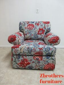 Beautiful Ethan Allen Over Sized Living Room Arm Club Chair Toile