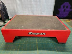 Vintage Snap on Tools Kra600 Step Stool W Spring Loaded Wheels Rare Accessory