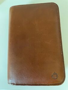 Franklin Covey Compact Leather Wallet Planner Zip Closure 25302 7 1 2 x 5