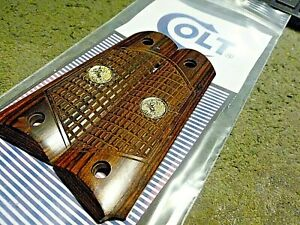 COLT 1911 FULL SIZE ROSEWOOD DOUBLE DIAMOND CHECKERED COLT SILVER MEDALLION GRIP $40.00