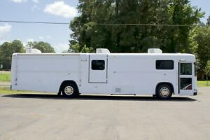 Mobile Medical Clinic Bus Doctor s Office On Wheels Handicap Accessible