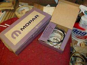 Nos Mopar 1957 66 Wide Block 318 Piston Ring Set Stnd