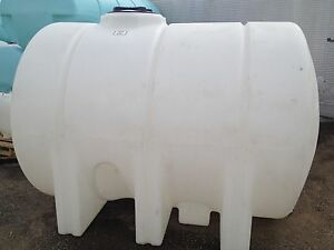 1325 Gallon Poly Plastic Water Storage Leg Tank Tanks