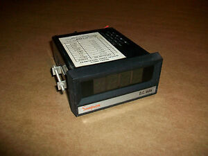 Simpson Model 2865g Digital Panel Meter 20v 120vac Source