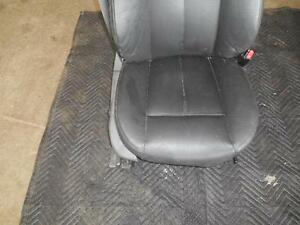 Bmw 645i Right Front Seat 2005 Leather Convertible