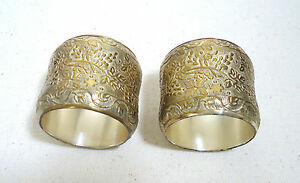Vtg Set Of 2 Napkin Rings Embossed With Grapes Vines Silver Plated Brass