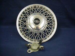 Buick Riviera 86 88 14 Wire Wheel Cover Hubcap 1 With The Bell Tower