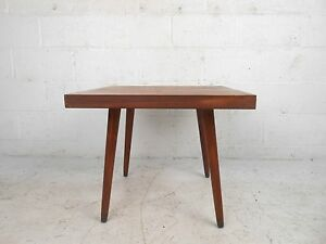 Mid Century Modern Walnut End Table 7569 Nj
