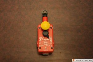 Guardmaster Lrs 1 Lifeline 1 Cable Pull Rope Pull slack Safety Switch 1 2 Npt