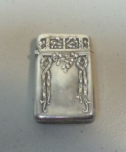 Lovely Art Nouveau Sterling Silver Match Safe Vesta Case Ribbons 20 Grams
