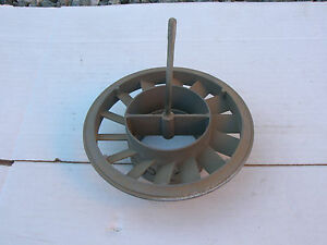 Oliver new Old Stock Air Cleaner Base Part 10p2361