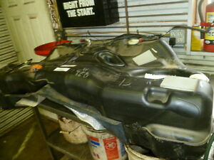 Dodge Chrysler Challenger 2015 V6 Auto Gas Tank Fuel Fuelcell Gastank Assembly