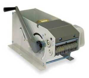 Manual Definite Length Dispenser Scotch M900