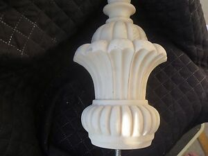 Resin Unfinished Majestic Crown Finial Decorative Hardware French Inspired