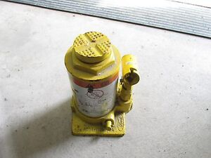 Ford Superduty 4 Ton Bottle Jack Oem Yellow