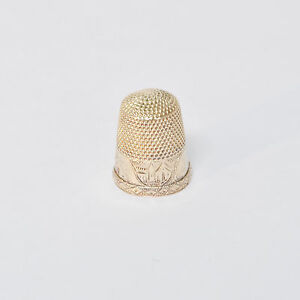 Antique 1882 14k Gold Sewing Thimble Church Scene Engraved Size 8
